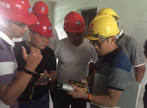 市质监站组织回弹法监督抽测混凝土强度专题培训
