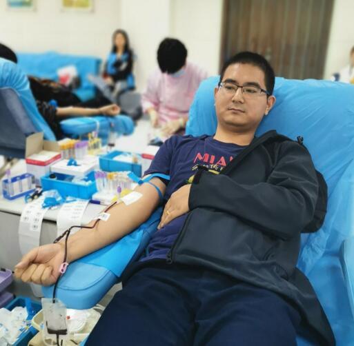 无偿献血,传递社会正能量